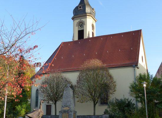 Kirche_ohne_Geruest2